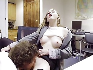 Hot Ava gets creampied wits a grizzly dear boy