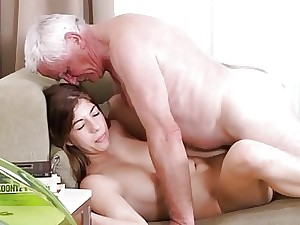 Smutty young hotty likes elderly goof-up