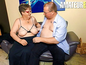 XXX OMAS BBW - German Wife Blows And Takes Cock From Hubby