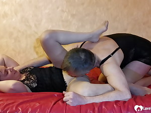 Spouse in stockings fucks her sans mercy