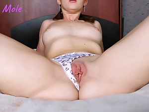 Masturbating pussy in cute lingerie – real ejaculation