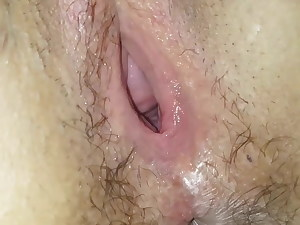 Australian wife raw pussy opened up gap