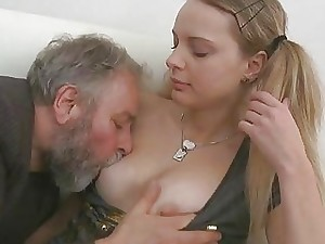 Juvenile hottie fellates with the addition of rides venerable barring
